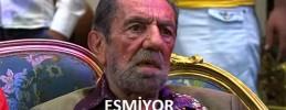 Esmiyor (Aydemir Akbaş)